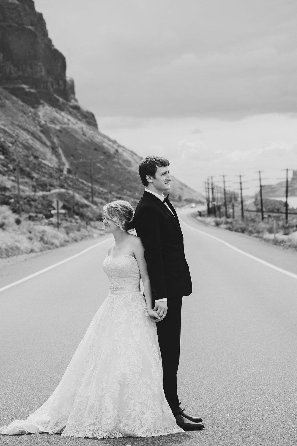 Jordan Edens Photography_Wedding Wednesday_Backup your photos_protect your photos_save your photos_tri cities photographer_kennewick photographer_wedding photographer_6