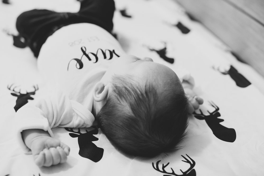 Jordan Edens Photography_tri cities photographer_kennewick photographer_richland photographer_tri cities family photographer_tri cities lifestyle photographer_family photos_baby photos_memories and milestones_lifestyle newborn session_tri cities in home photo session_23