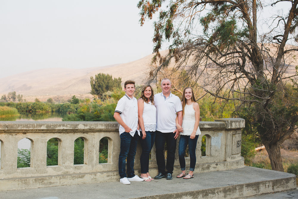 Jordan Edens Photography_tri cities family photographer_lance kenmore_Kenmore family_family photographer_tri cities family photographer_kennewick family photographer_richland family photographer_family moments_1