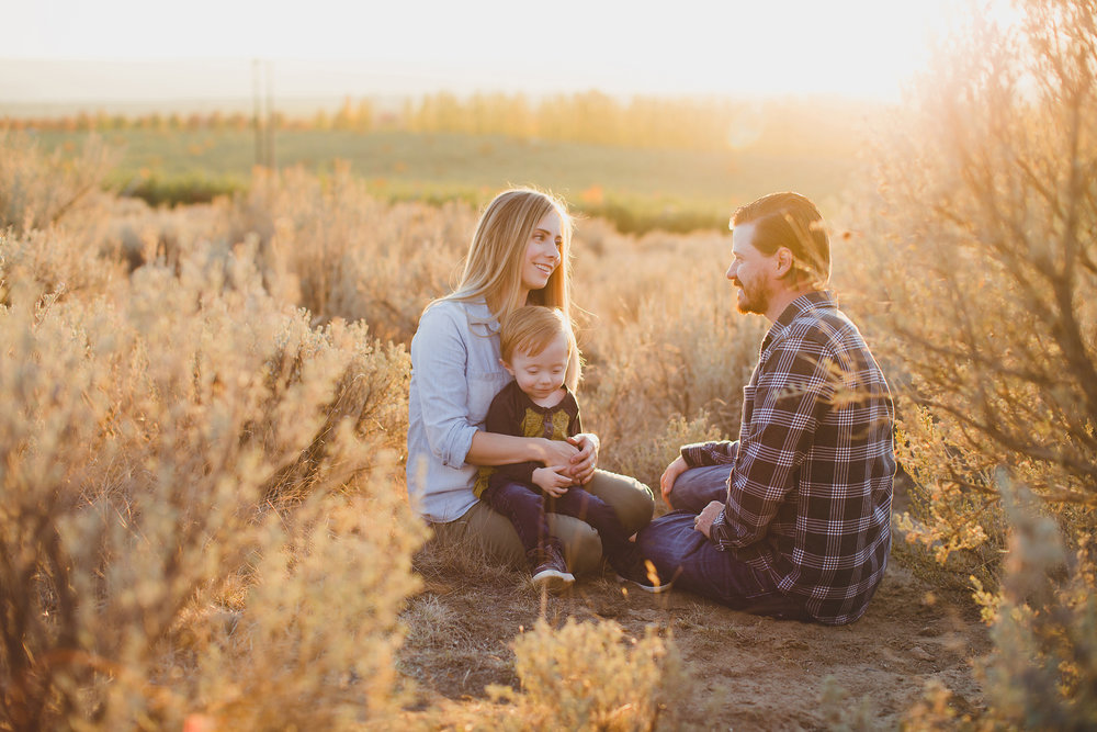 Jordan Edens Photography_tri cities photographer_tri cities portrait photographer_richland photographer_kennewick photographer_portrait photographer_tri cities family photographer_family photos_child photos_newborn photos_2018 favorites_35