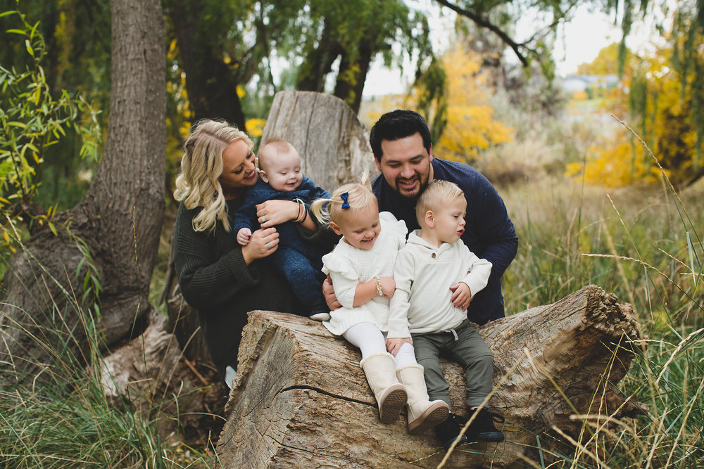 Jordan Edens Photography_tri cities photographer_tri cities portrait photographer_richland photographer_kennewick photographer_portrait photographer_tri cities family photographer_family photos_child photos_newborn photos_2018 favorites_47