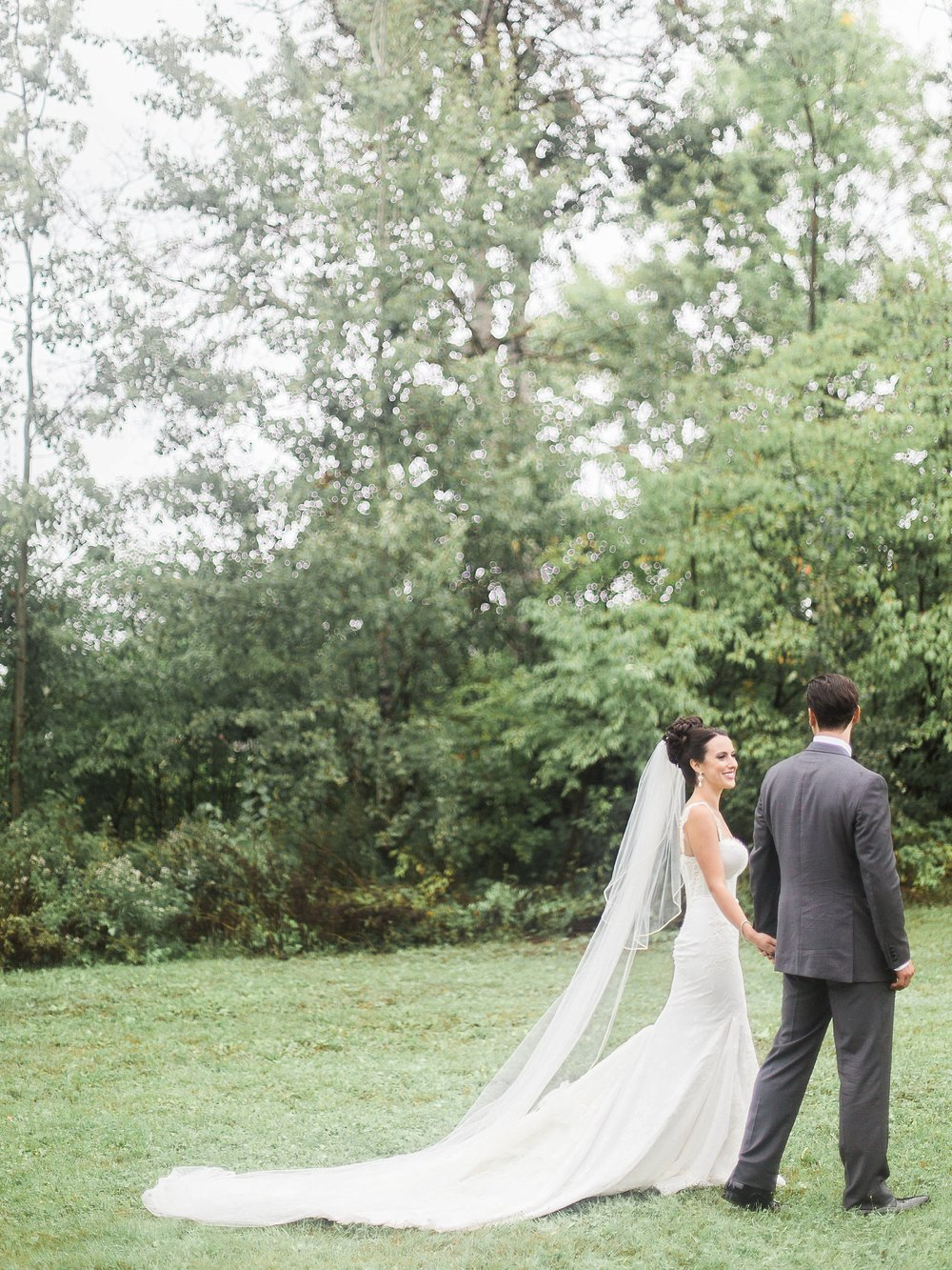 Bride and Groom portraits | Light & Airy photography | photographed by Toronto Ontario Wedding Photographer Keila Marie Photography