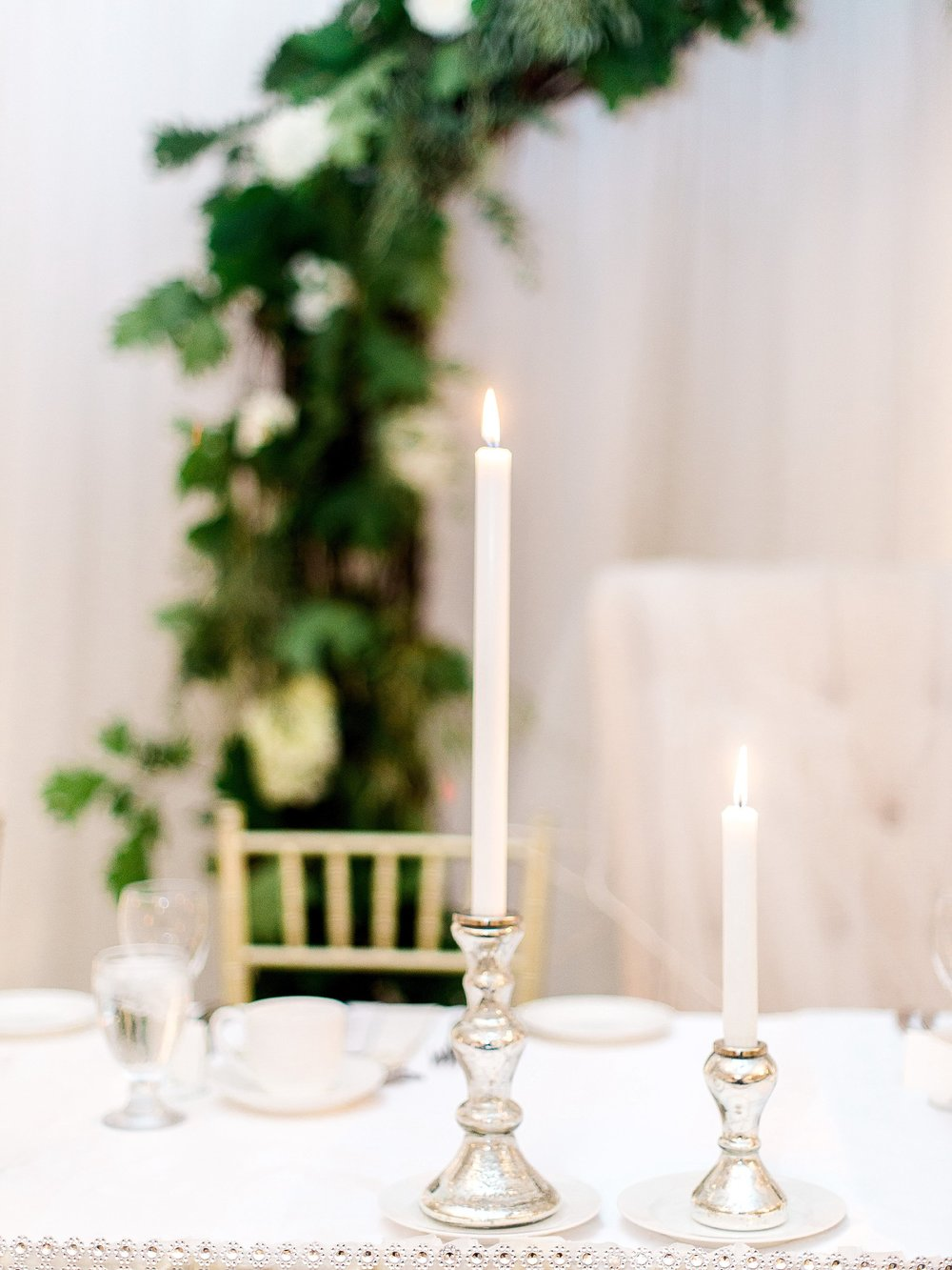Reception candle decor inspiration | photographed by Toronto Ontario Wedding Photographer Keila Marie Photography