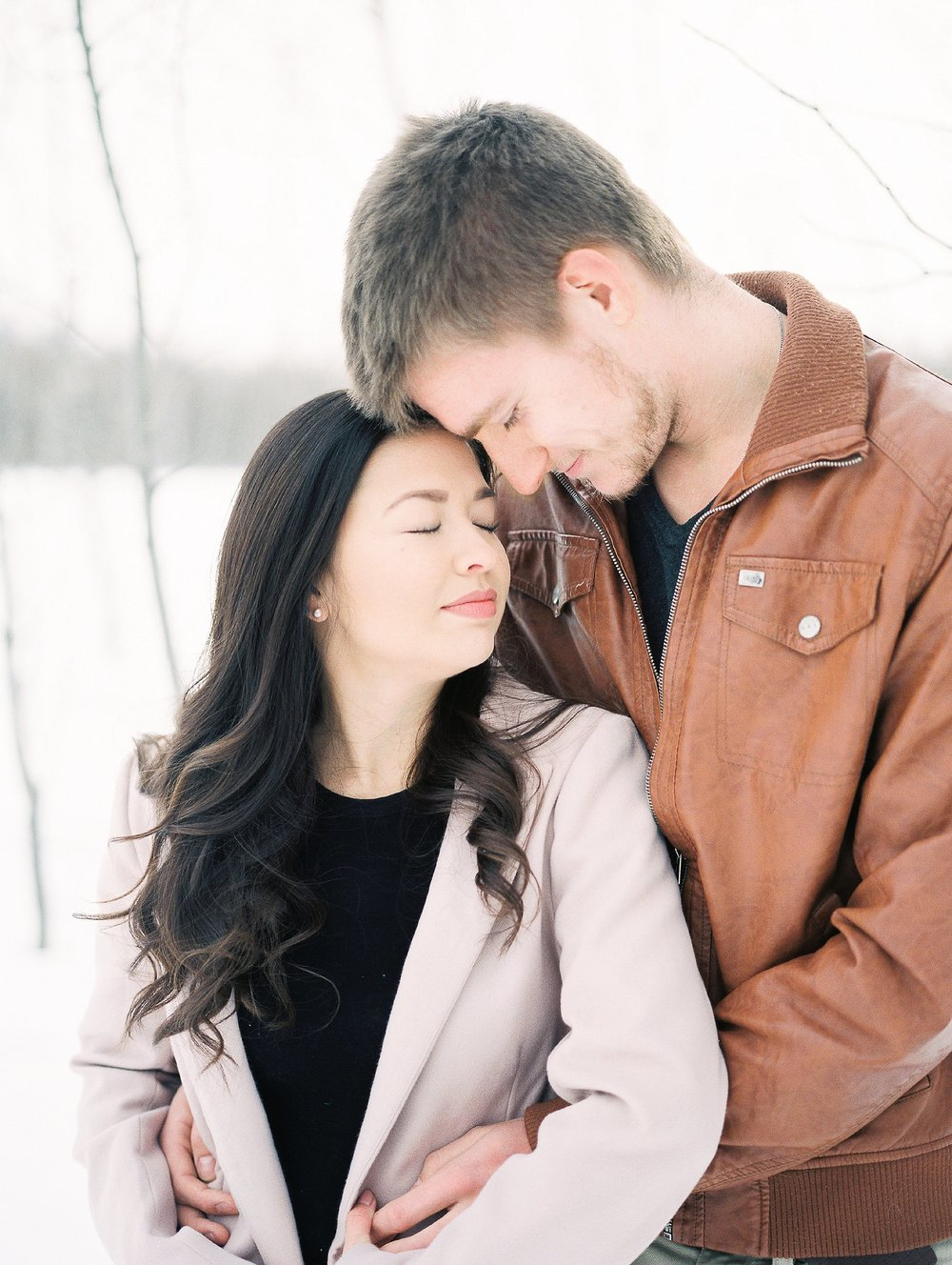 Light and airy film photographer - Winter couples photoshoot - Keila Marie Photography