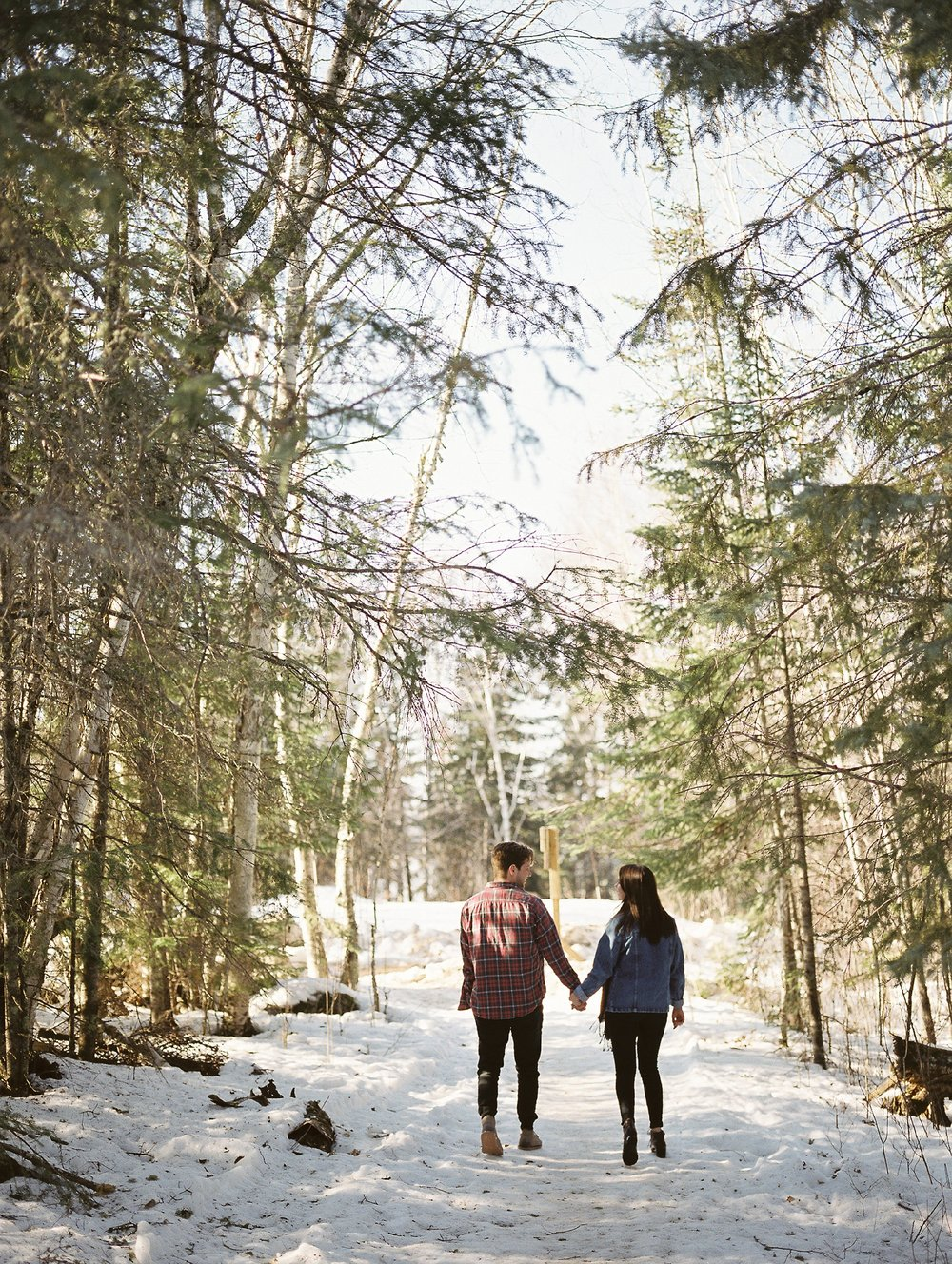 Cabin engagement session | Canadian film photographer Keila Marie Photography | Engagement Session in Falcon Lake