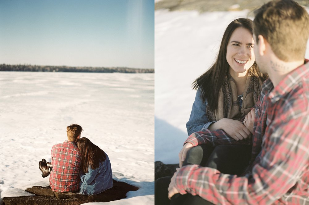 Lakeside engagement session | Winter couples photoshoot | Keila Marie Photography winnipeg wedding photography