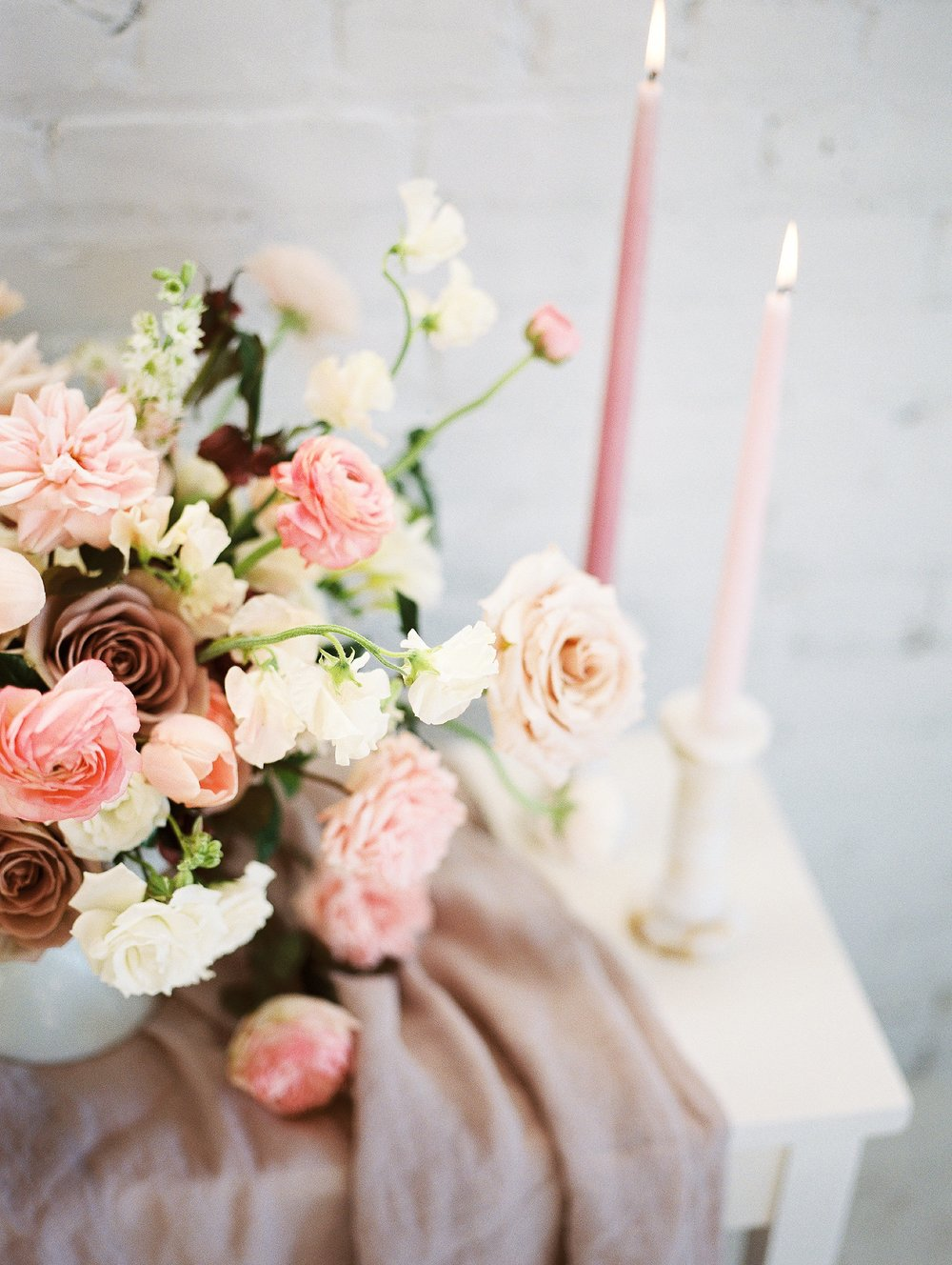 Winnipeg Wedding Photographer Keila Marie Photography | Academy Florist | Floral details