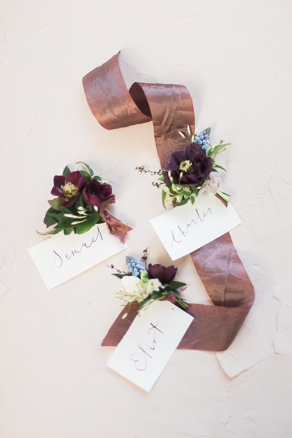 Winnipeg Wedding Photographer Keila Marie Photography | Wedding details calligraphy name tags