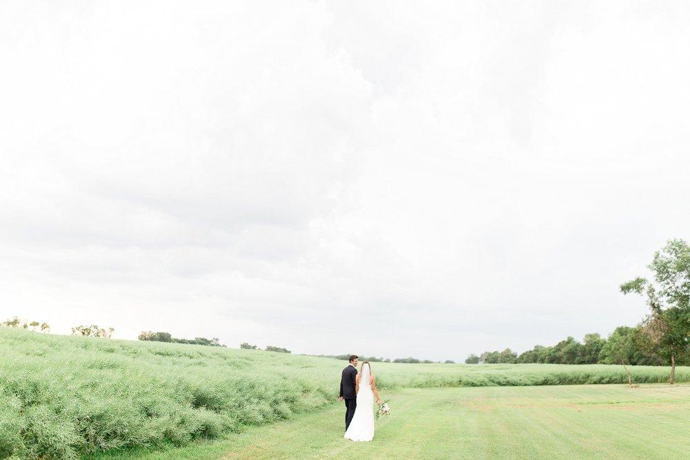 Toronto wedding photographer | Keila Marie Photography | Bride and groom portraits |Garden inspired wedding