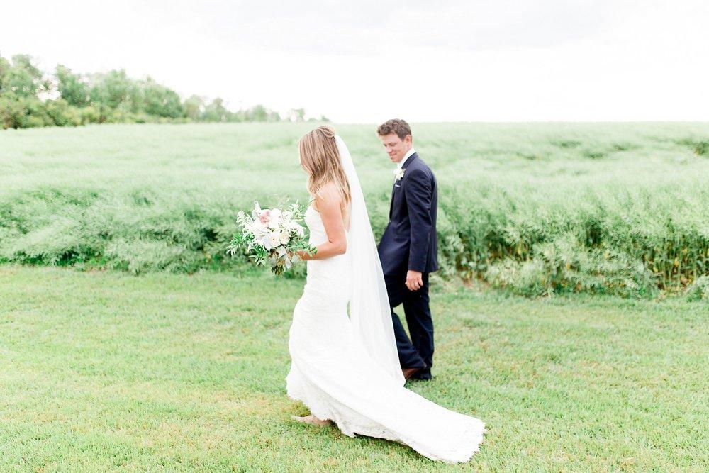 Winnipeg wedding photographer | Keila Marie Photography | Bride and groom portraits |Garden inspired wedding