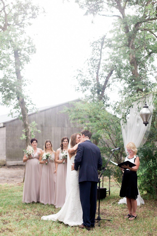 Vancouver wedding photographer | Keila Marie Photography | Garden inspired wedding | romantic Intimate backyard wedding