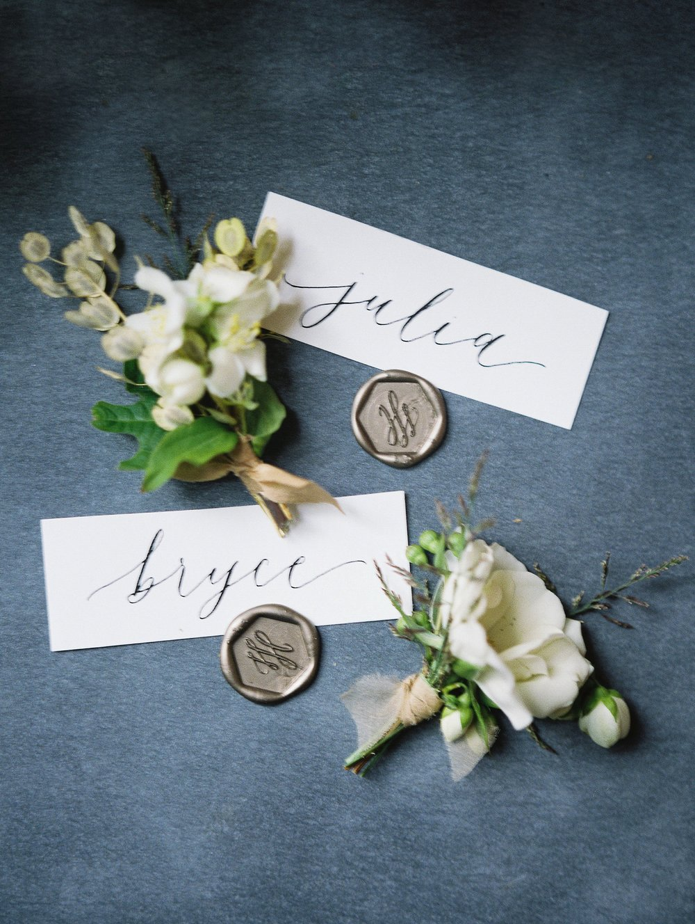 Calligraphy by Jennifer Bianca Calligraphy | wedding day detail photo | Vancouver Wedding Photographer Keila Marie Photography