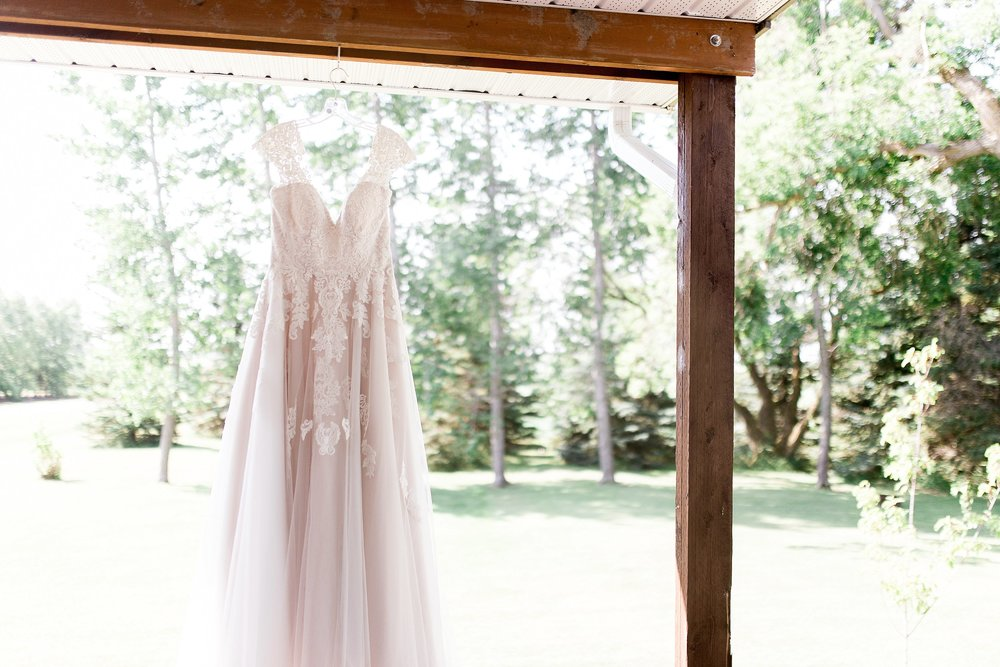 Blush Wedding Dress, Stella's Bridal Wedding Dress, Manitoba Wedding Photographer, Prairie Wedding, Keila Marie Photography