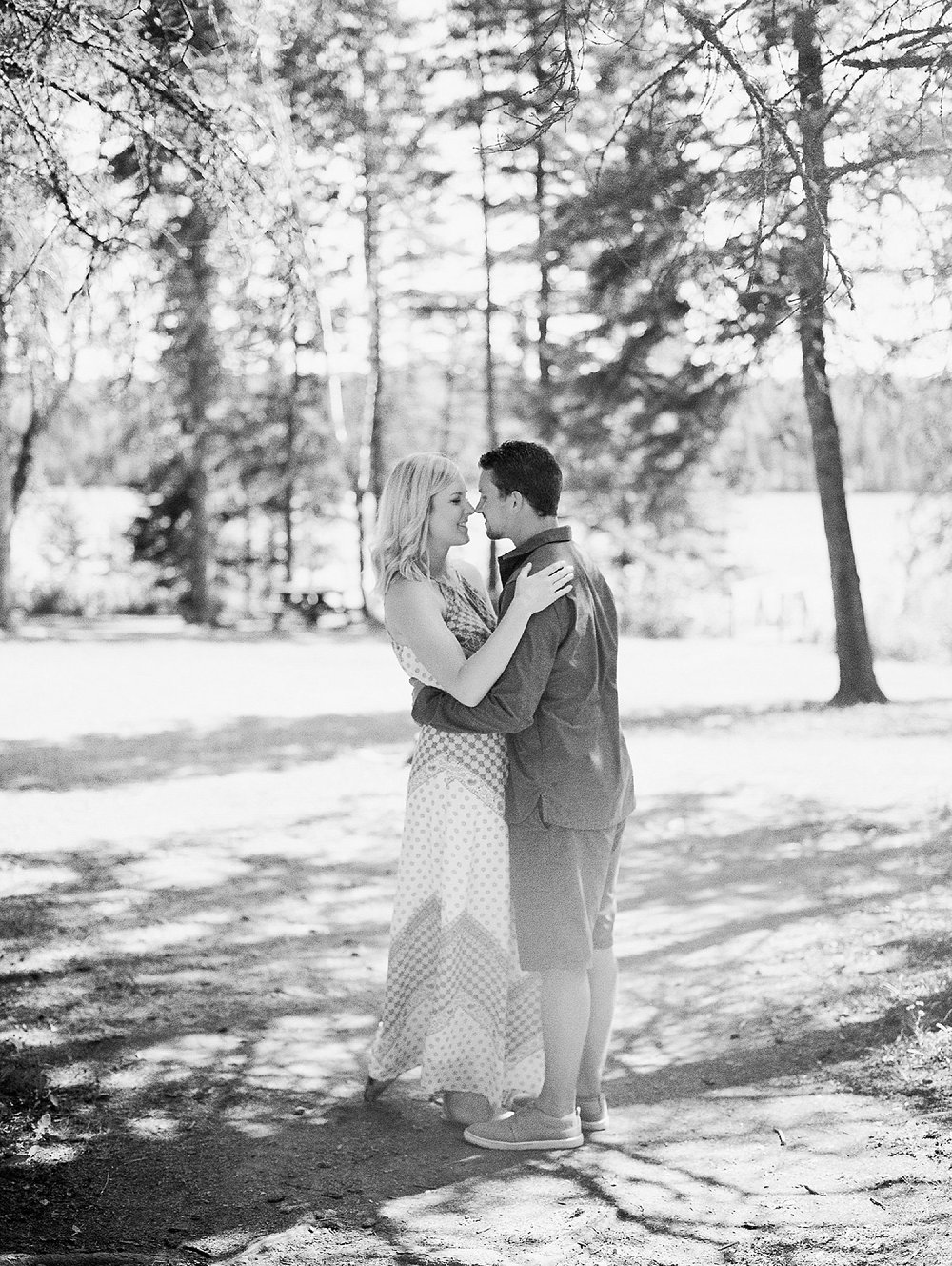 Soft Romantic Anniversary Session | Film Wedding Photographer | Vancouver Wedding Photographer | Lakeside Anniversary Session | Keila Marie Photography