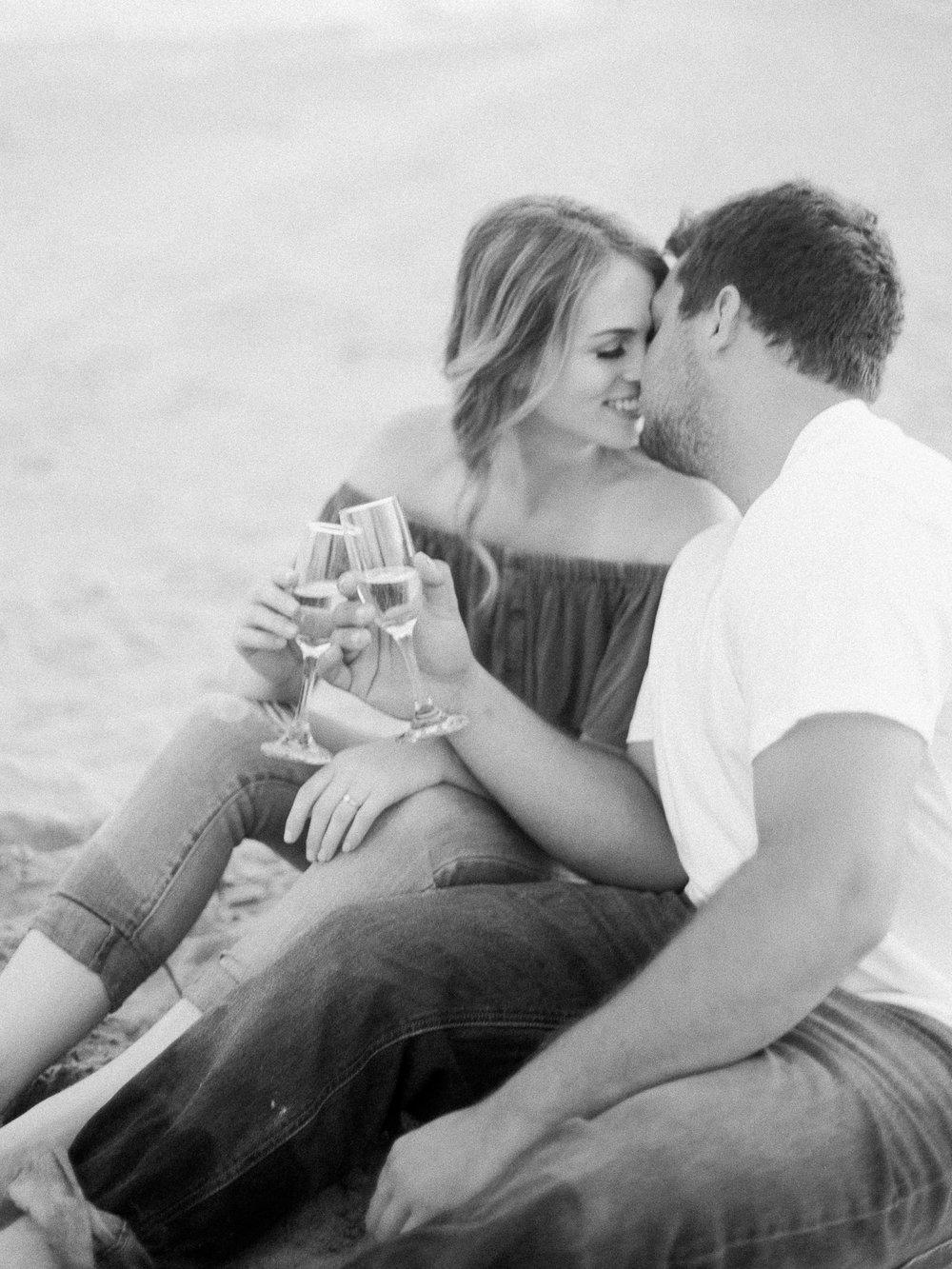 Romantic-Engagement-Session-Location-Beach-Winnipeg-Manitoba-Wedding