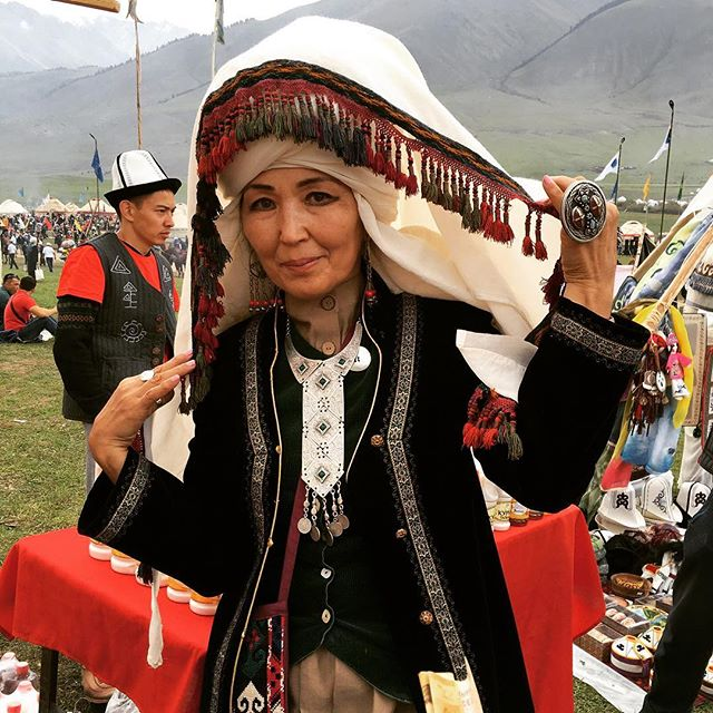 Our cofounder Aliya just returned from the second World Nomad Games, a spectacular event celebrating #Kyrgyz culture. First of many beautiful photos to share: some serious #KGstyle on this participant! 💁✨ #ootd #worldnomadgames #kg #kyrgyzstan