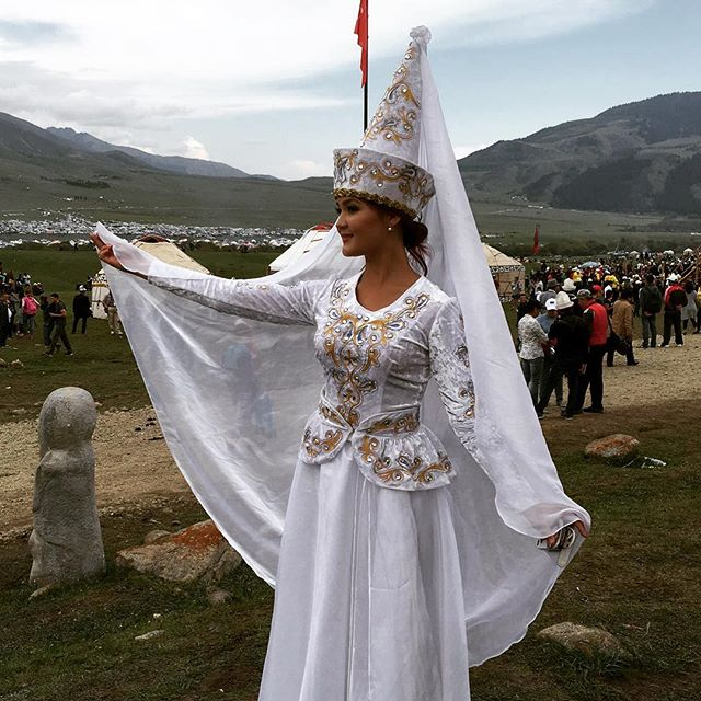 """Stunning #kyrgyz #style at the World Nomad Games! Over 1000 yurts (traditional nomadic houses) were set up near Issyk-Kul (which means """"Hot Lake"""" in Kyrgyz, because it never freezes) for the festivities. #ootd #worldnomadgames #kg #kgstyle"""