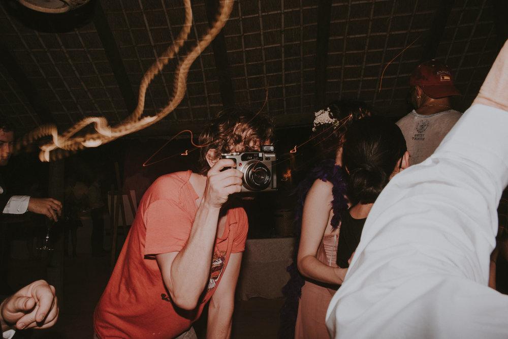 Andres+Amarillo+fotografo+boda+sevilla+natural+sin+poses+hacienda+san+rafael (106).JPG