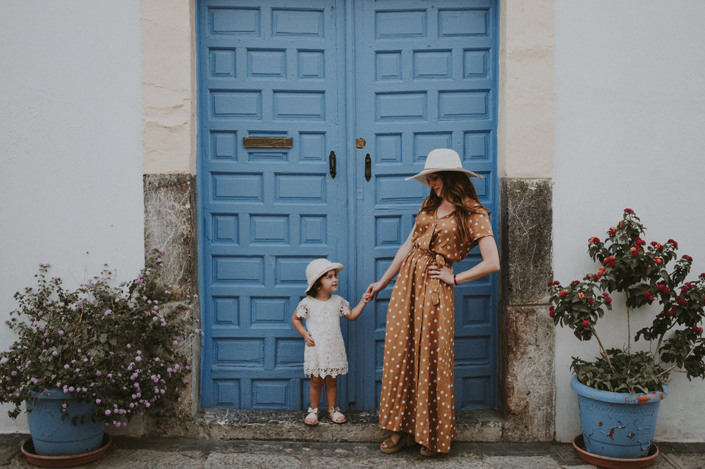 Fotografo boda cordoba - Andres Amarillo - puerta azul.jpg