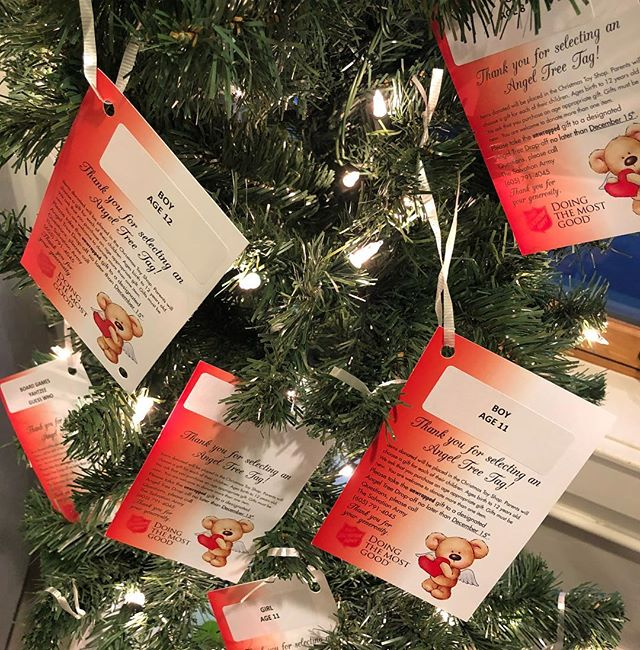 Four more days to pick up an Angel Tree tag! 🎄🎟 (Tags are located in The Commons & the Pick-Up date is December 17th). A special Thank You for those who've helped these families for Christmas ❤️🎄🎁
