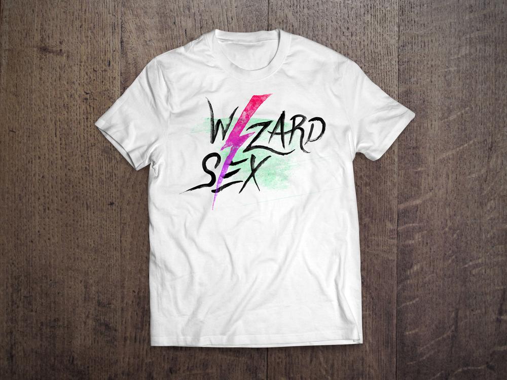 t-shirt_0001_2.jpg