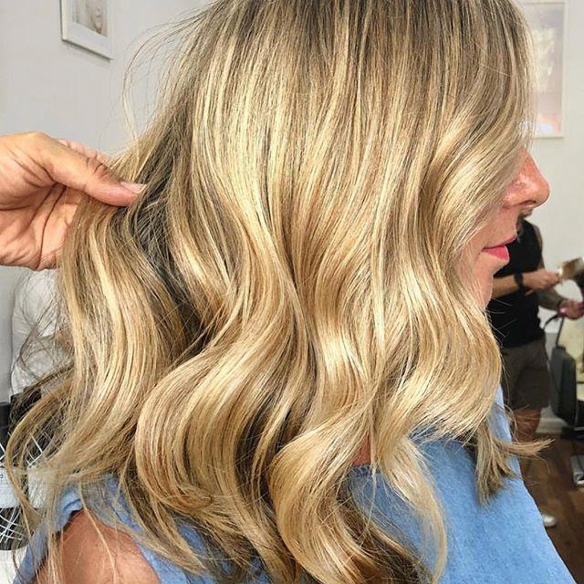 Blonde goals via @jonsewellhair 💕#idhair
