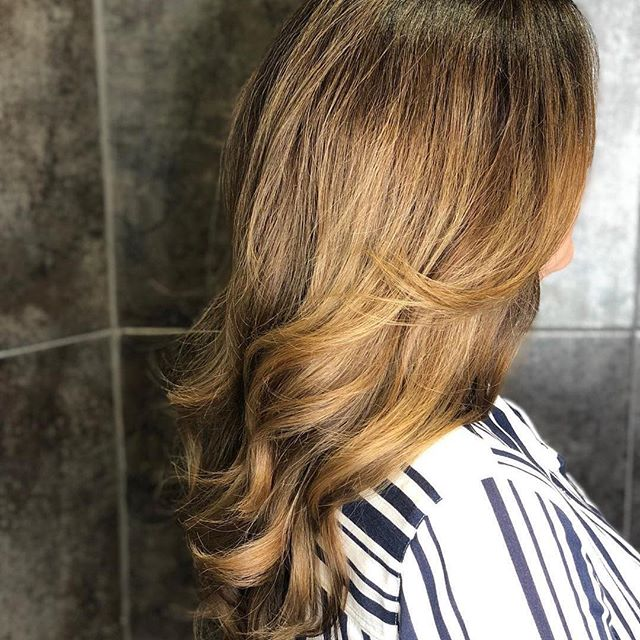 Beautiful, seamless colour by @Marcus_edward_concept_salons with @idhairau