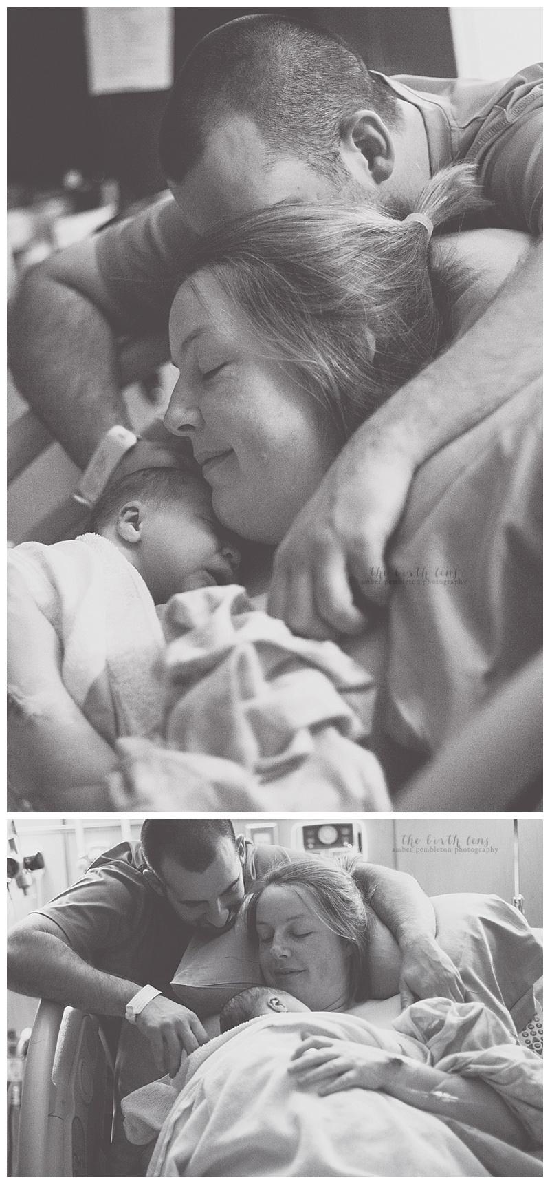 momdadandbabybirthphotography.jpg