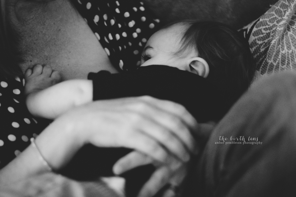 in-home-nursing-photography-session.jpg
