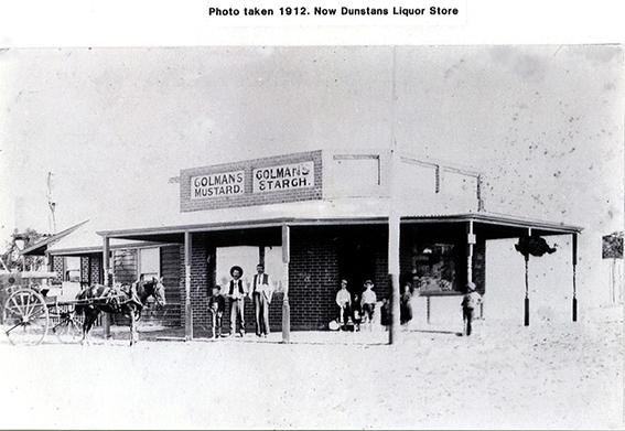 Dunstans Liquor Store 1912