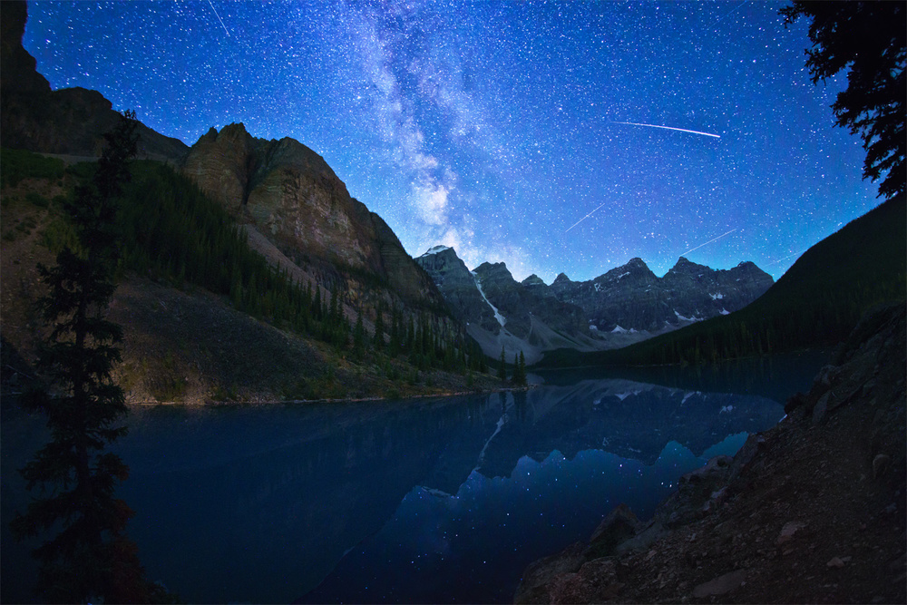 Moraine Lake by Night - afterhours