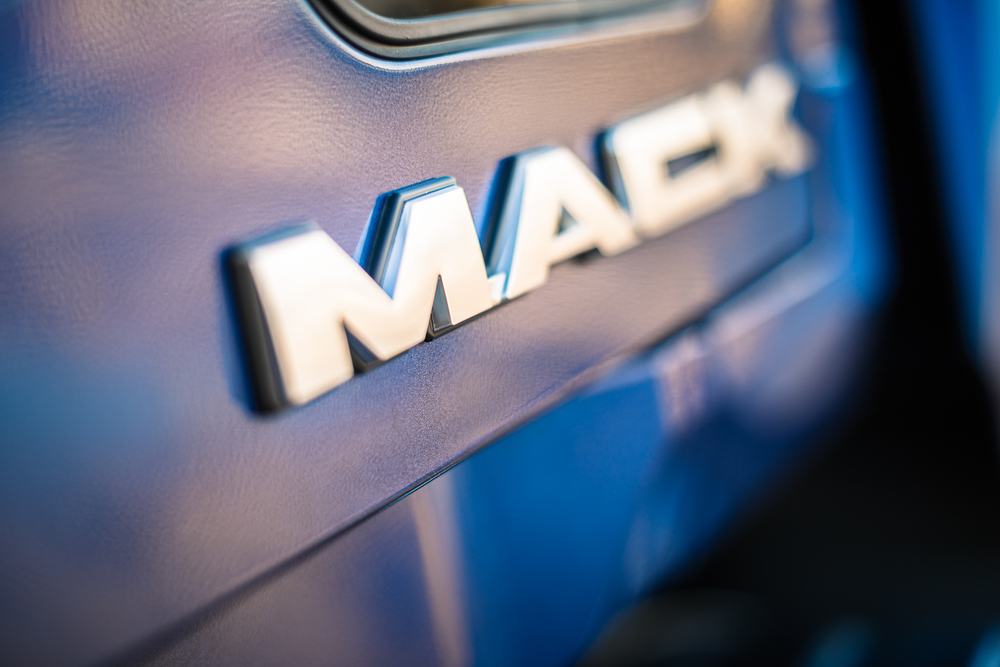 Mack_Granite-6292.jpg