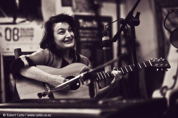 Jane Siberry ticket update - all the Wellington salons are sold out, BUT if there's enough interest, we may be able to add another one on Sunday…get in touch now at robert@catto.co.nz to let me know if you'd be interested in attending, and we'll see if we can get another show organised!
