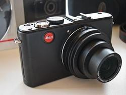 Just in case anyone's still looking for a Christmas present, I've got a  Leica D-Lux 4 for sale  on Trademe at the moment…pickup today in Wellington!