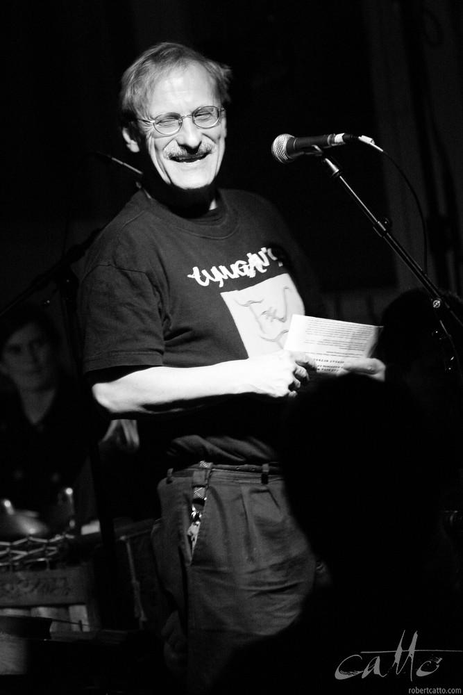 Introducing Waldjinah at the Wellington International Jazz Festival, 2003.