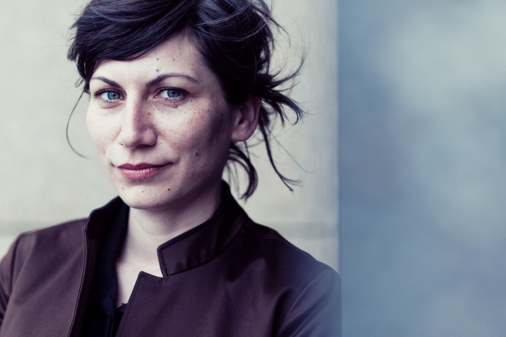 Aleksandra Lane, Poet