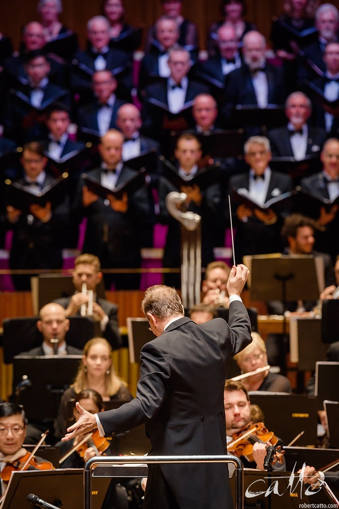 Guy Noble conducts the Last Night Of The Proms concert, with the Sydney Symphony Orchestra