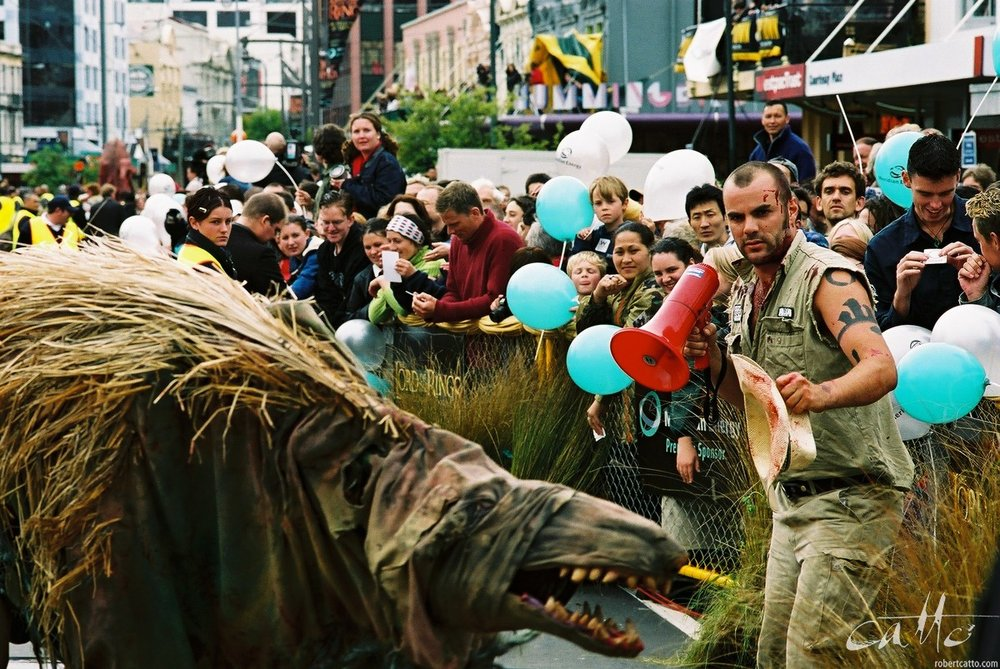 Street entertainment at The Lord Of The Rings: Fellowship Of The Ring premiere at the Embassy Theatre, Wellington, New Zealand.