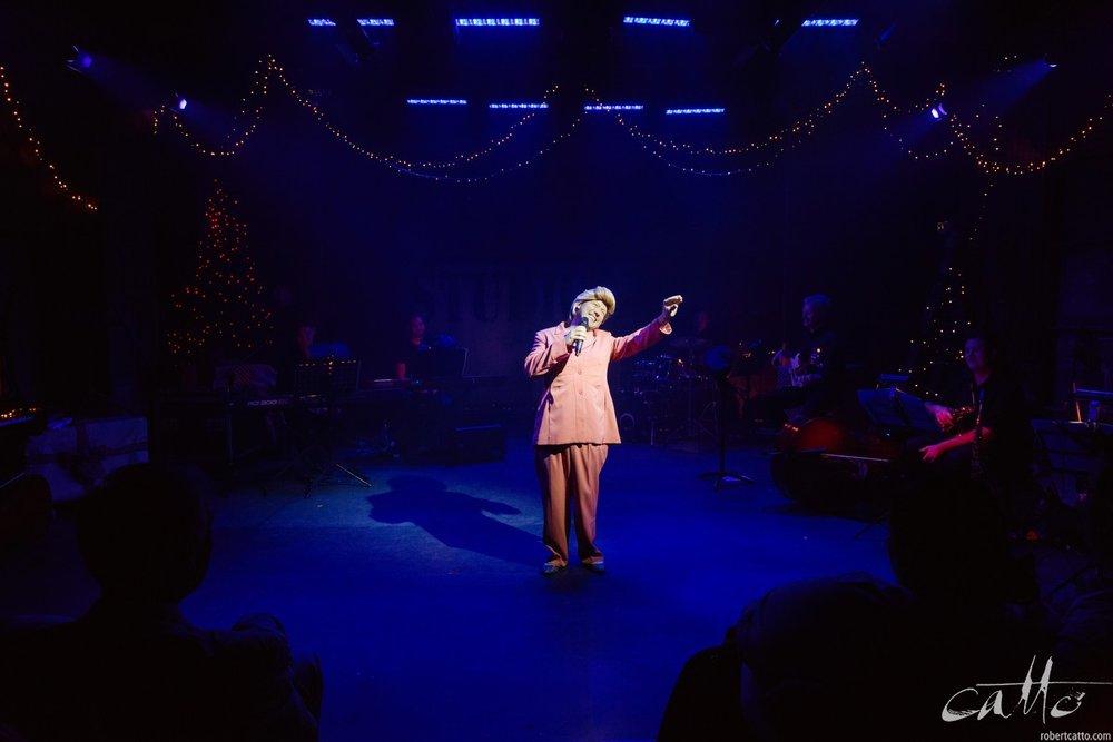 Dash Kruck (as Hillary Clinton) sings Blue Christmas