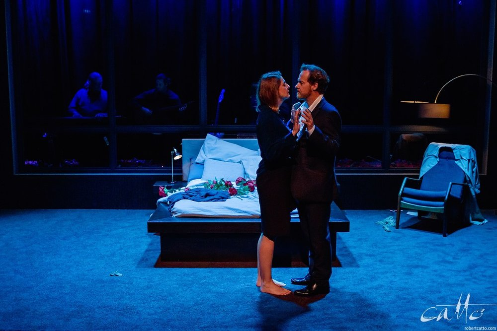 Jeanette Cronin & Paul Gleeson in I Love You Now at Darlinghurst Theatre Company