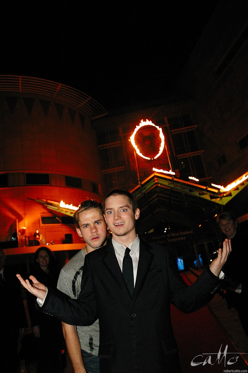 Dominic Monaghan and Elijah Wood outside Te Papa Museum, at the Australasian Premiere of The Lord Of The Rings: The Two Towers in Wellington, New Zealand.