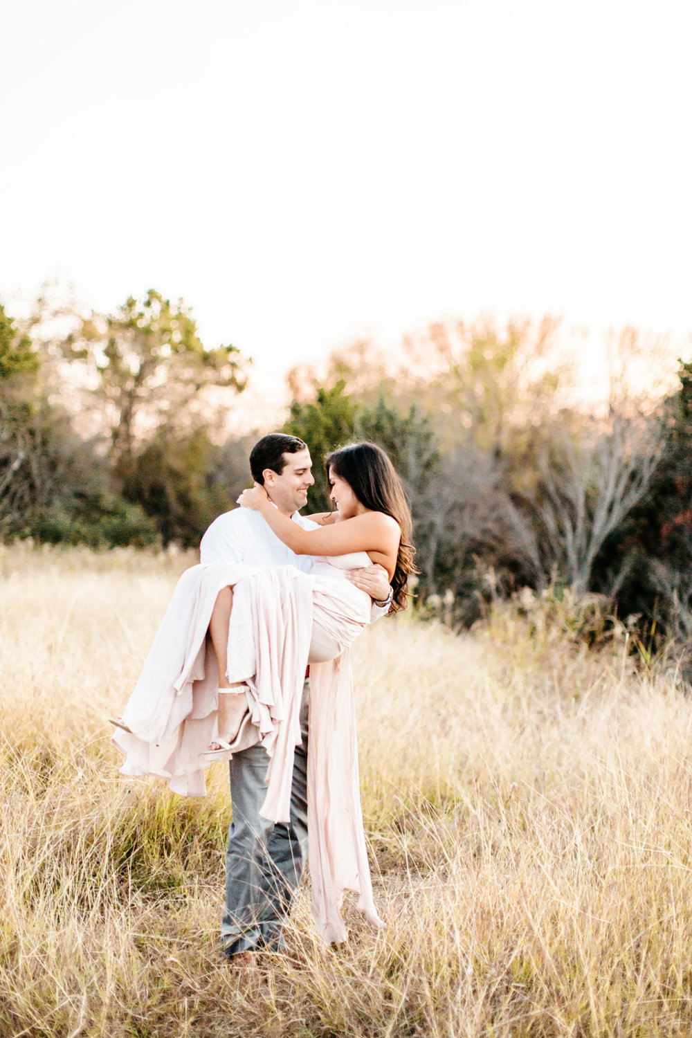 Alexa-Vossler-Photo_Dallas-Portrait-Photographer_White-Rock-Lake-Engagement-Session_Kaila-Gabe-68.jpg