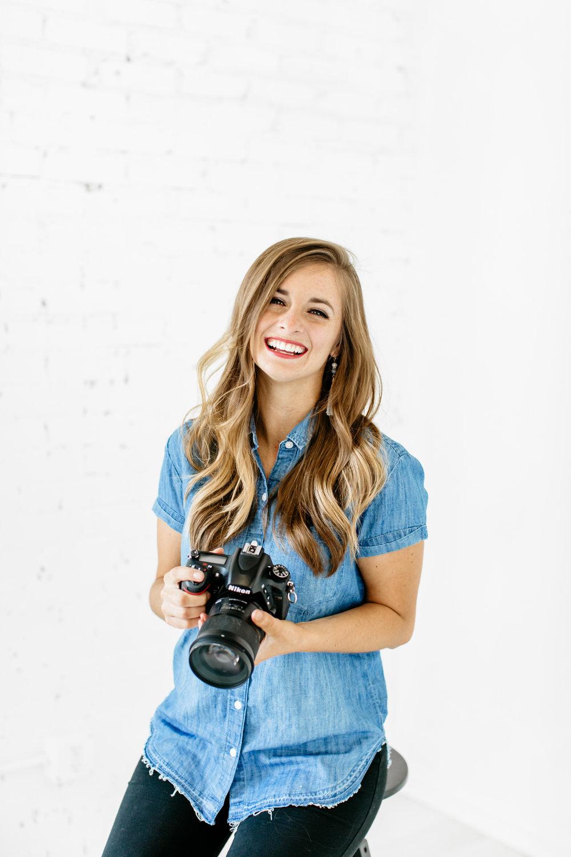 Alexa-Vossler-Photo_Dallas-Headshot-Photographer_Kelcy-Headshots-at-The-Lumen-Room-Dallas_Kelcy-1.jpg