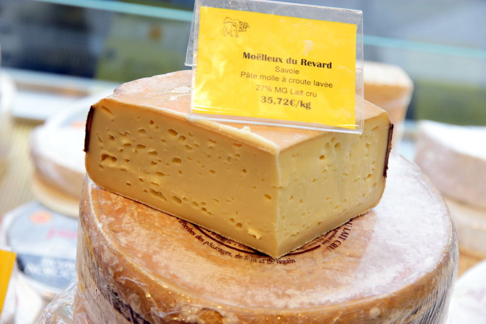 Moelleux de Revard, like a  tomme de Savoie , only much creamier