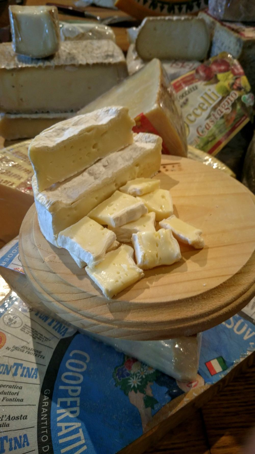 camembert-cheese-store-beverly-hills.jpg