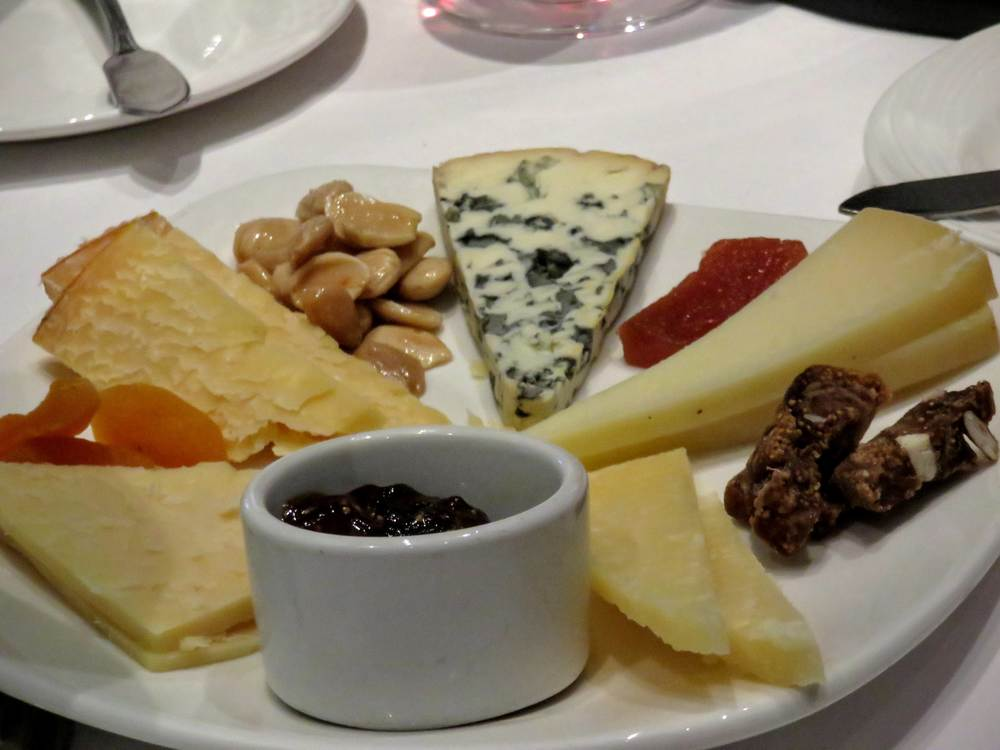 cheese-plate-old-hickory-steakhouse-2.jpg