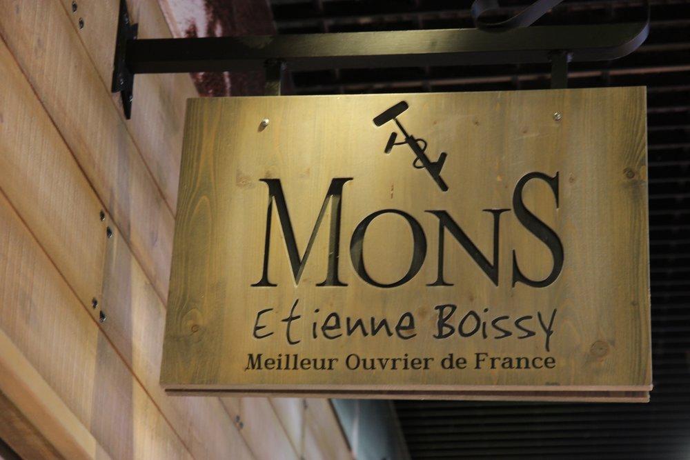 mons-fromagerie-halles-de-lyon.jpg