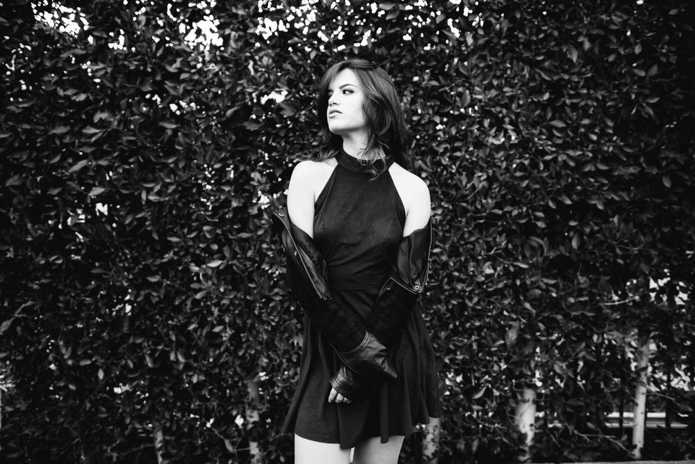 Nicole_Zignago_Photoshoot_Santa_Monica_Final_Photographs_53.jpg