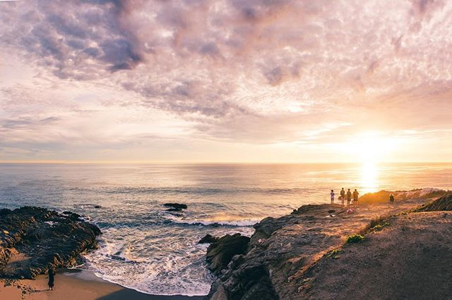 I took this panorama the other evening out in Leo Carrillo. This photo consists of 6 images stitched together and is a whopping 120 megapixel image 😳 Now off to Big Bear for some fresh snow! ❄️ • • • #travel #travelphotography #landscape #landscapephotography #ocean #leocarrillo #sunset #motherearth