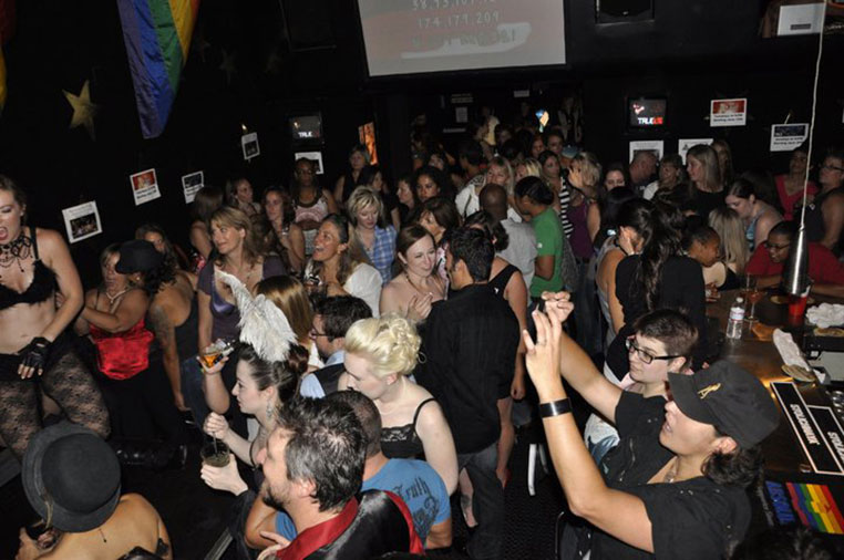 Gay Clubs In Bakersfield California